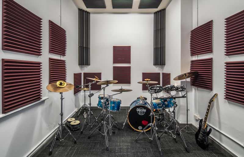 lincoln_college_music_studio