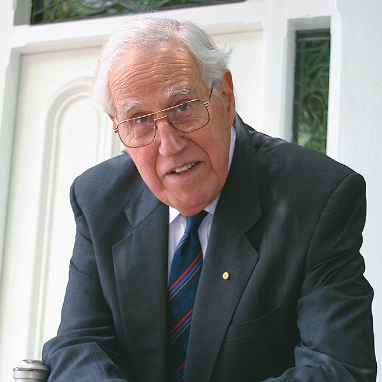 Dr Basil Hetzel